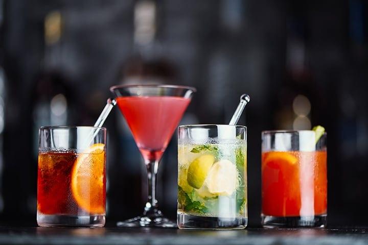 Uma seleção de cocktails disponíveis nos voos da Emirates