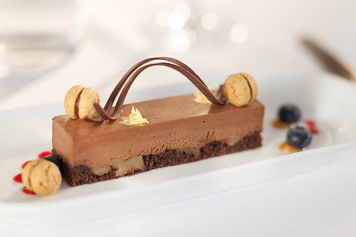 Een chocoladedessert in Emirates First Class