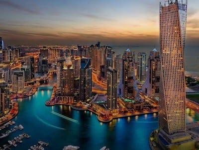 Noleggiare un'auto a Dubai